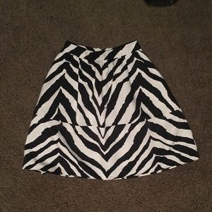 Express zebra skirt Sz6